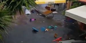Korkunç görüntüler! Deprem sonrası Seferihisar'da deniz taştı!